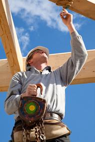licensed roofer Mason